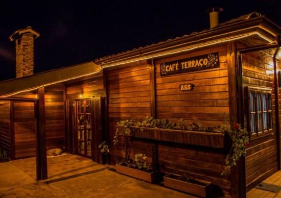 Café Terraço: charme e sabor em Campos do Jordão/SP