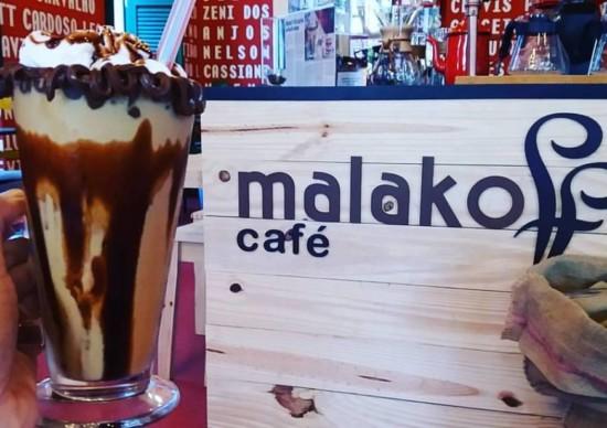 Carnaval chegando: que tal a dobradinha Malakoff Café e Paço do Frevo, no Recife?
