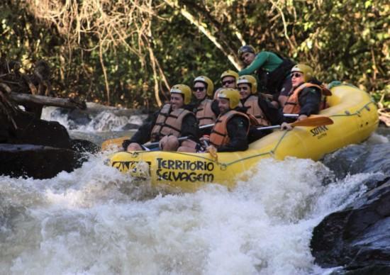 Rafting em Brotas: uma aventura super radical!