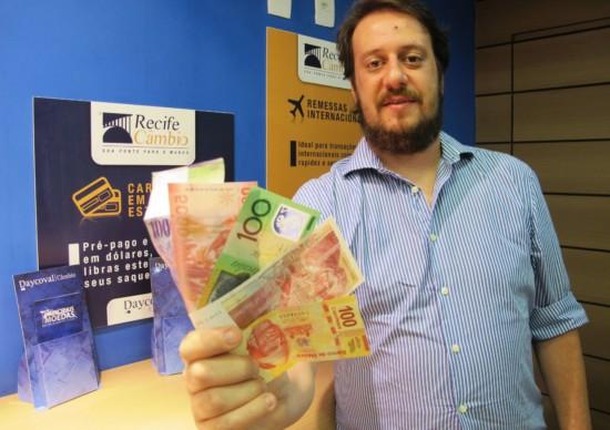 Especialista orienta sobre como enviar e receber dinheiro para o exterior