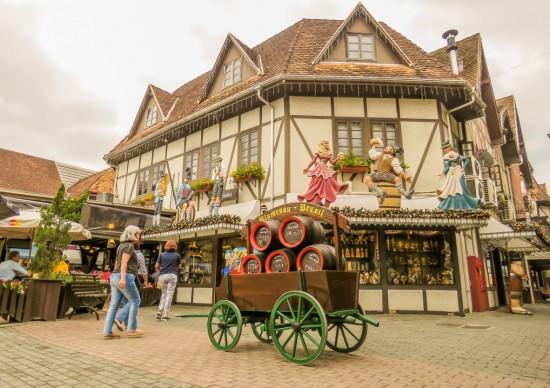 Blumenau: o que fazer e onde tomar aquela cerveja na cidade que ficou famosa pela Oktoberfest