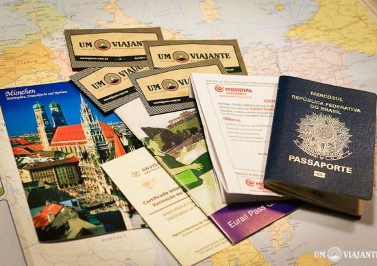 Vai viajar com criança pro exterior? Nem sempre basta o passaporte, fique atento à documentação necessária!