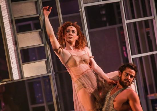 Imperdível: Laila Garin e Alejandro Claveaux voltam a encenar Gota D`Água [a seco], no Teatro Porto Seguro