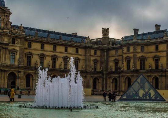 Museu do Louvre: como chegar, o que ver e como entrar sem enfrentar uma fila quilométrica!