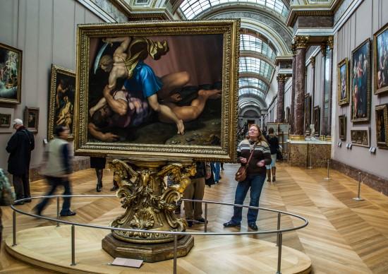 Viagem virtual: que tal fazer um tour por grandes museus sem sair de casa?