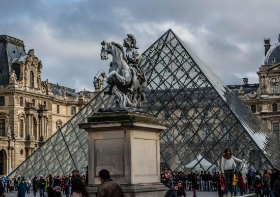 Lupin: faça um tour virtual pelo Museu do Louvre, cenário da série de sucesso da Netflix