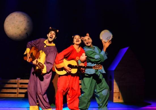 Os Três Porquinhos reestreia no Teatro Folha e fica em cartaz até final de novembro!