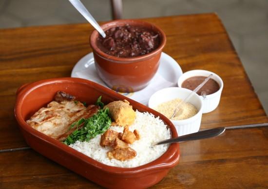 Custo: Boteco do Imperador aposta em almoço com preço acessível na Vila Madalena