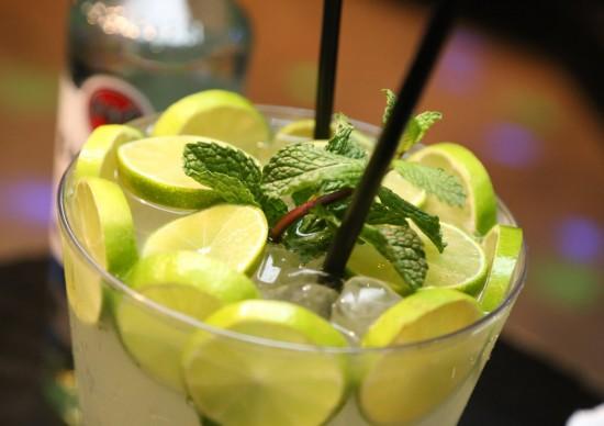 Primavera: bares de SP preparam drinques refrescantes que combinam com a estação!