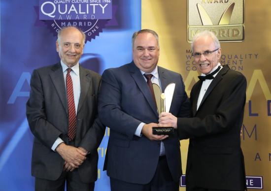 Brasileiros em Ushuaia ganha Prêmio Internacional World Quality Commitment, em Madrid
