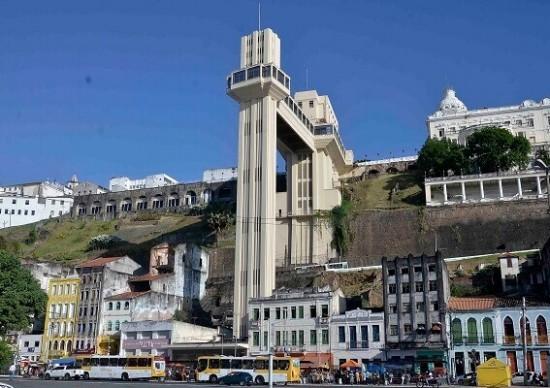Subindo: listamos elevadores turísticos mundo afora!