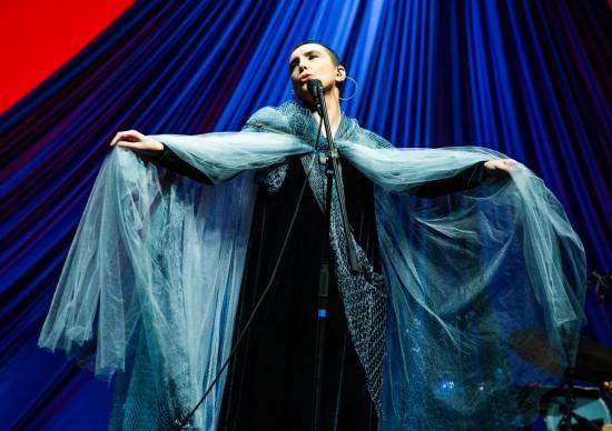 Show de Adriana Calcanhotto e espetáculo comSérgio Mamberti abrem a programação 2020do Teatro Porto Seguro!