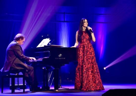 Teatro Porto Seguro: Marina Elali e Eduardo Lages reverenciando Roberto Carlose banda Causarina homenageando Jackson do Pandeiro sãoatrações em fevereiro!