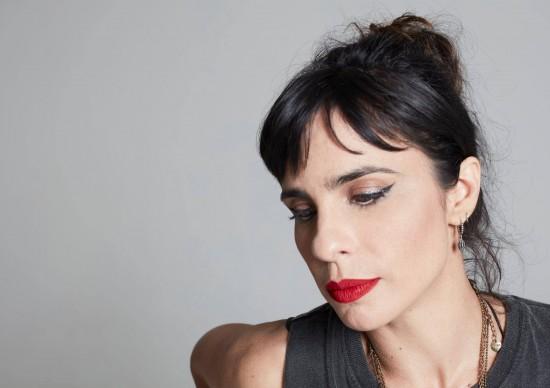 Teatro Porto Seguro recebe estreia digital do espetáculoPós-F, inspirado no premiado livro de Fernanda Young